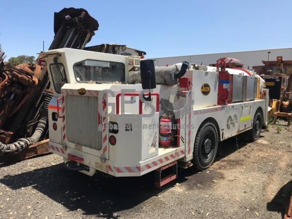 2016 Jacon Low profile Transmix 5002 Concrete Agitator Truck