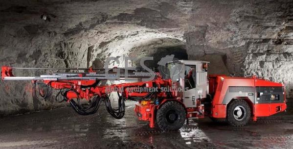 Wanted Sandvik DD420 or DD421 enclosed cabin drill rig