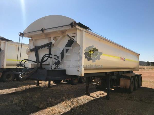 2008 Howard Porter Tri Axle Side Tipper FCC037