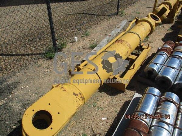 Caterpillar Boom Cylinder to suit 5130B