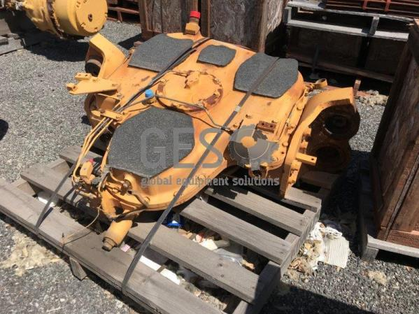 Komatsu PTO to suit PC1600-1 part no 21T-38-00075
