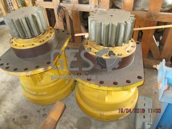 Komatsu Swing Machinery to suit PC2000SP-8 part no 21T-26-00300 x 2