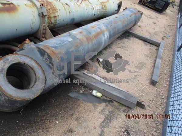 Liebherr Boom Cylinder Face Shovel to suit R996 x 2