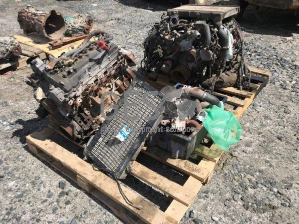 Toyota Engines V8 NON Running ex Landcruiser 70 Series x 2 Lot no 8
