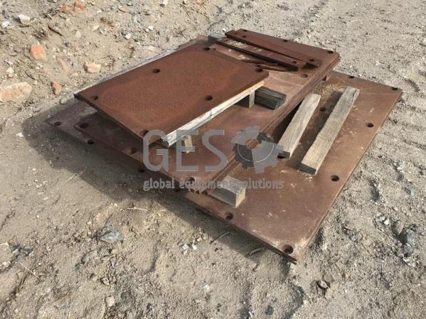 Steel Tray Steel Plates and Mounting Brackets