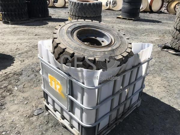 Michelin 8.25R15 on rims x 5 Pallet T12.