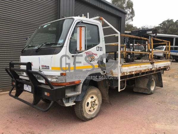 2004 Mitsubishi Canter 500/600 Tray Back with Hiab