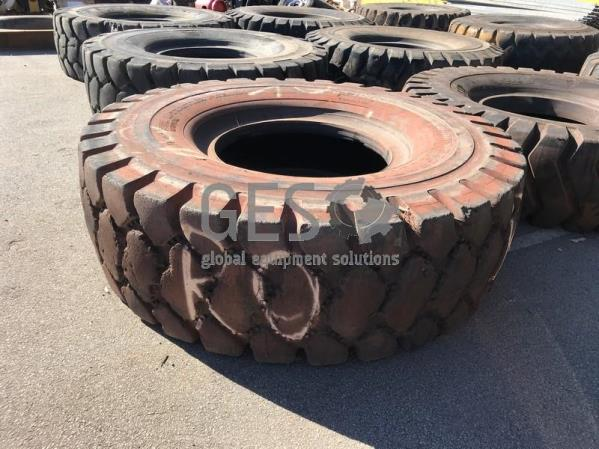 UNRESERVED Bridgestone 24.00 R35 V-Steel