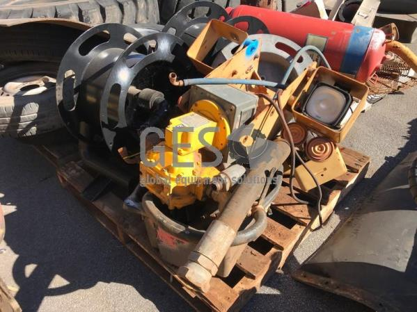 UNRESERVED Caterpillar Pallet of 777 parts including Hose reels