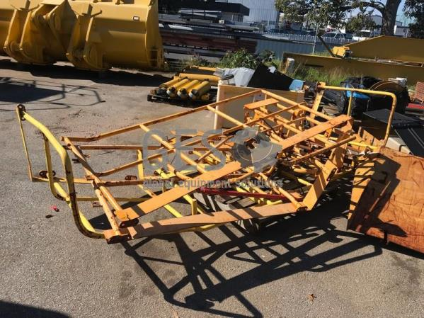 UNRESERVED Pallet of various hand rails