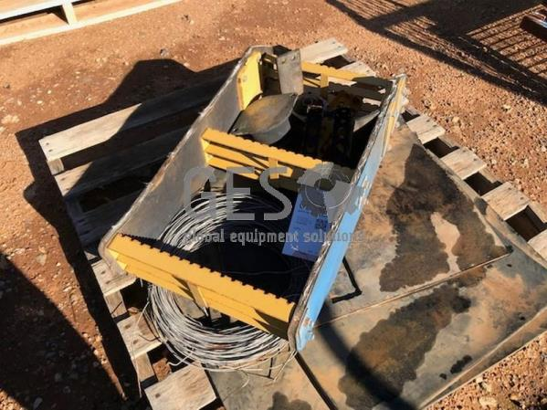 Cabin ladder & rubber sheets on pallet Item ID: 3531