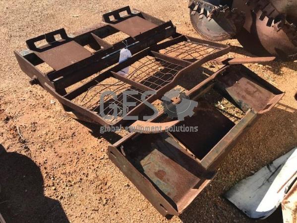 Skid steer forks & hitch Item ID: 3547