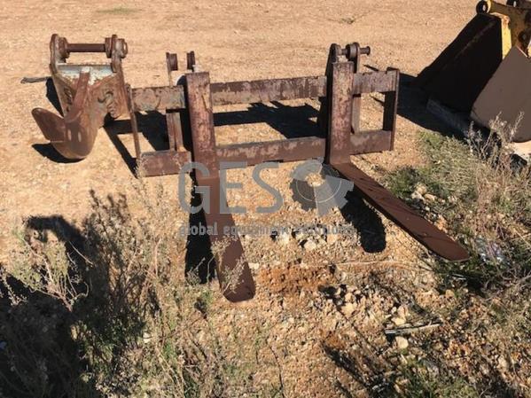 Pallet Forks ~1200 mm Item ID: 3563