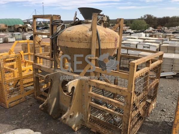 Giles Engineering ANFO Charge Up Work Basket to suit Caterpillar IT 100-AT-012