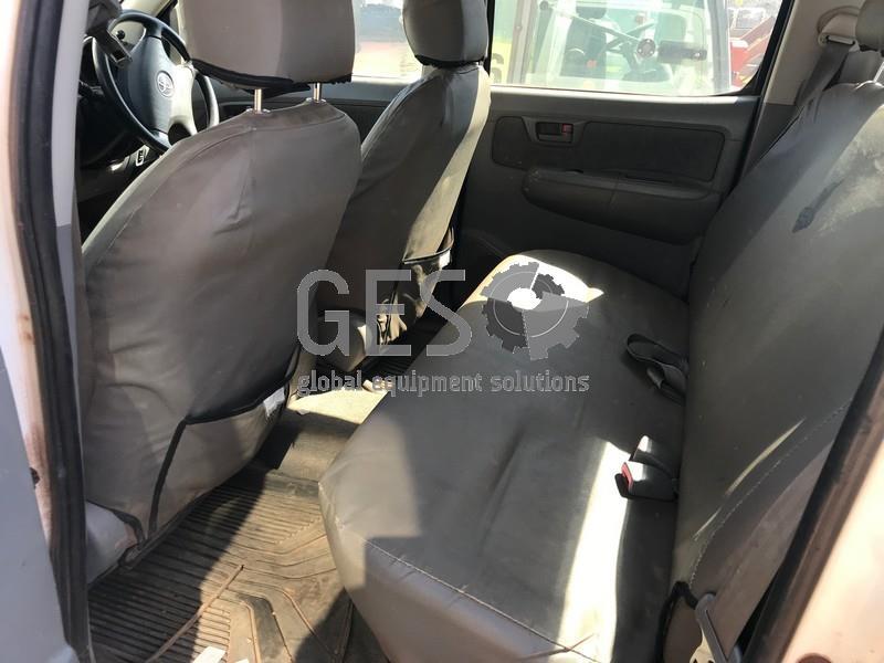 2006 Toyota Hilux 150 SER 3.0 D-4D Dual Cab LV900 image 10