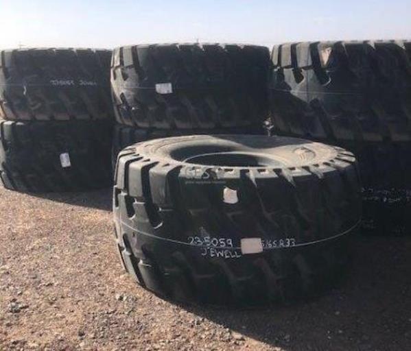 Michelin 35/65 R33 Radial XTXL E4 OTR Tyres