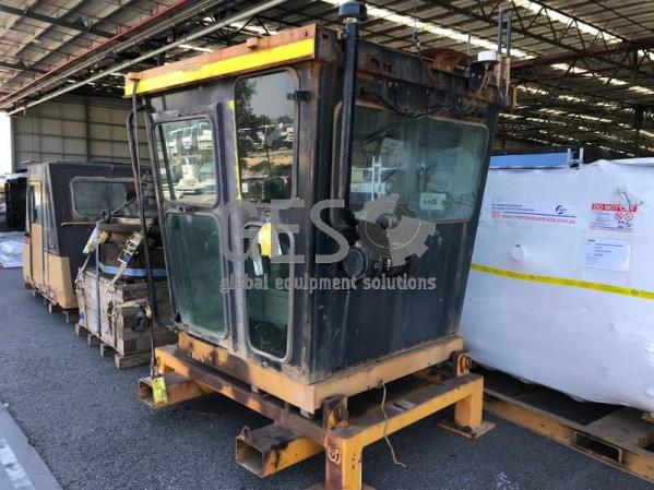Caterpillar 24H Grader Cabin USED 7KK Series