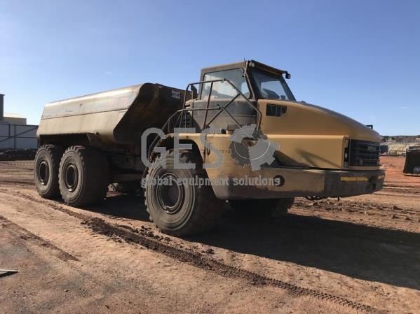 Caterpillar 740 Articulated Water Cart WT001
