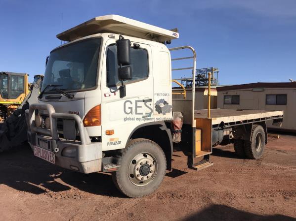 2017 Hino GT1322 500 Euro 5 Tray Truck Asset FBT0003