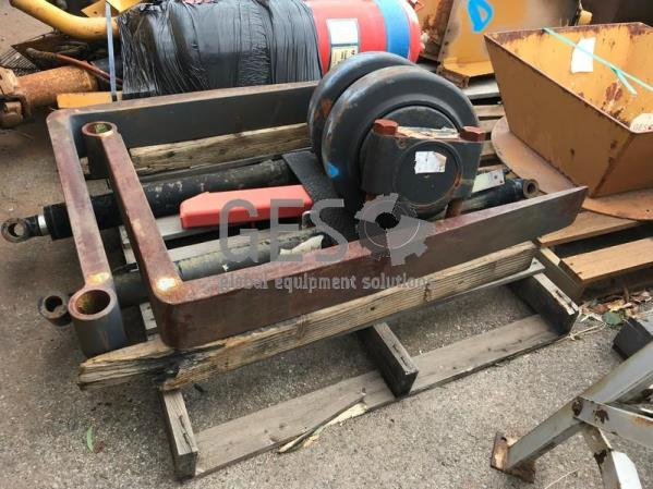 Pallet with Hitachi EX2500 Load Roller NEW, Fork Tynes & Cylinders