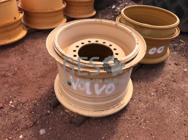 Topy 14.00 Rim As Is to suit Volvo L120 x 2