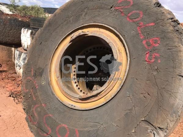 Bridgestone 29.5 R25 on Rim ~50%