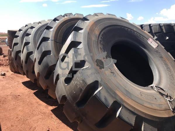 Bridgestone 35/65 R33 D-Lug 2-A NEW x 4