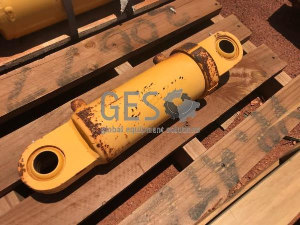 Caterpillar Cylinder As Is