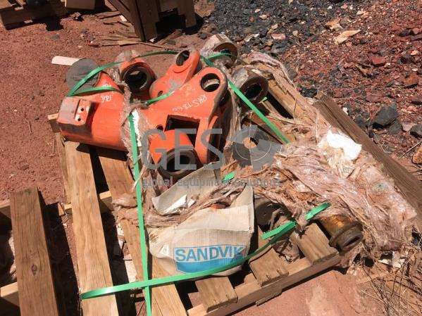 Sandvik TB60 Roll Over Running Take Out to suit DD421 x 2