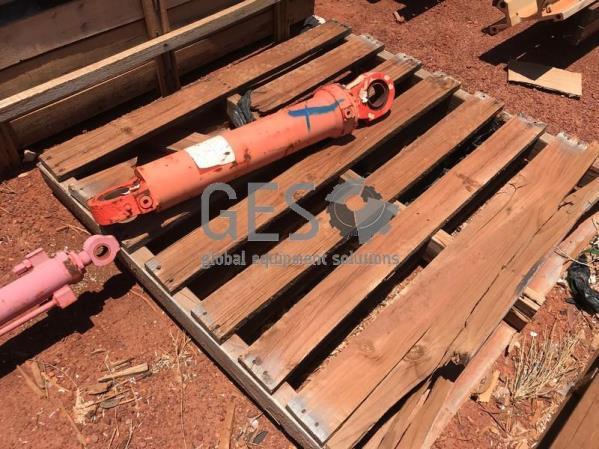 Sandvik Cylinder Steering As Is
