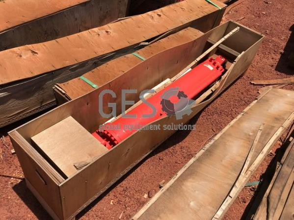 Sandvik Cylinder TB60 NEW Part 32592005