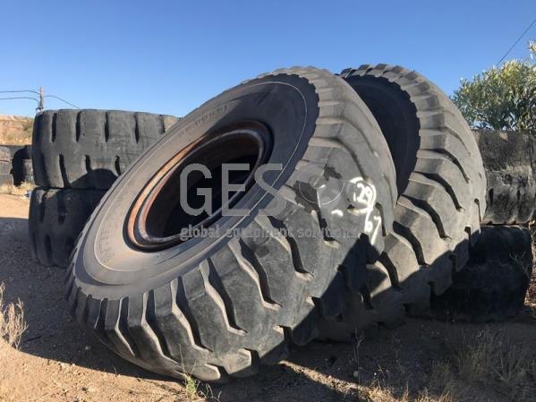 Bridgestone 36.00R51 Vsteel R Lug S x 2