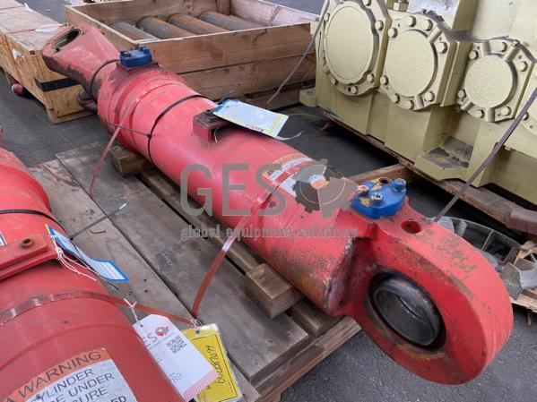 Cylinder to suit Caterpillar 6060 or Bucyrus 495HD Shovel Clam Shell Bucket LHS