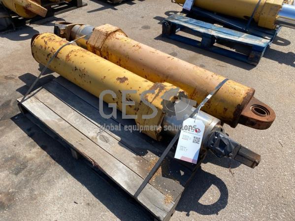 Caterpillar 777G &&H Hoist Cylinders USED x 2