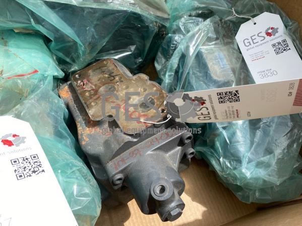 Komatsu HM400-2 Hoist Valve NEW Part No 701-37-24000
