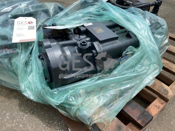Komatsu WA900-3 Steering Pump NEW Part No 708-4L-00931