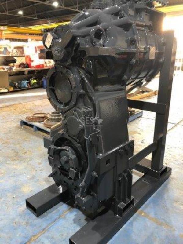 Komatsu WA900-3 Transmission NEW Part No RM427-15-11020