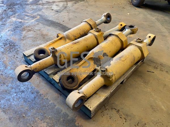 Cylinders Lift & Tilt suit D8N, D8R or D8T Part 9T-0582 Used x 4