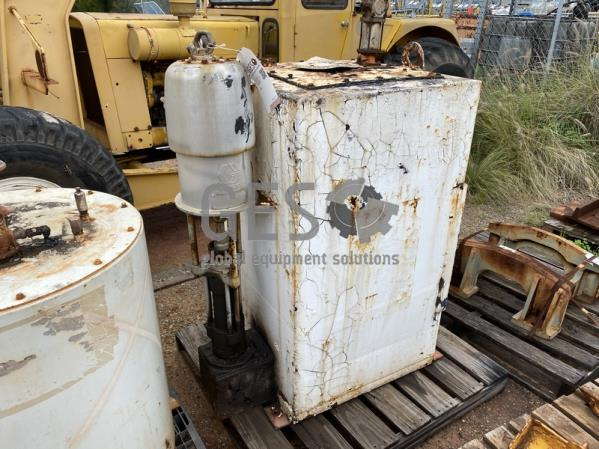 Custom Grease Tank Approx. 1 KL with Graco Pump