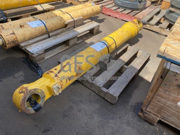 Komatsu Cylinder ..... To suit PC400 Part 707-01-0F702 ItemID_3899