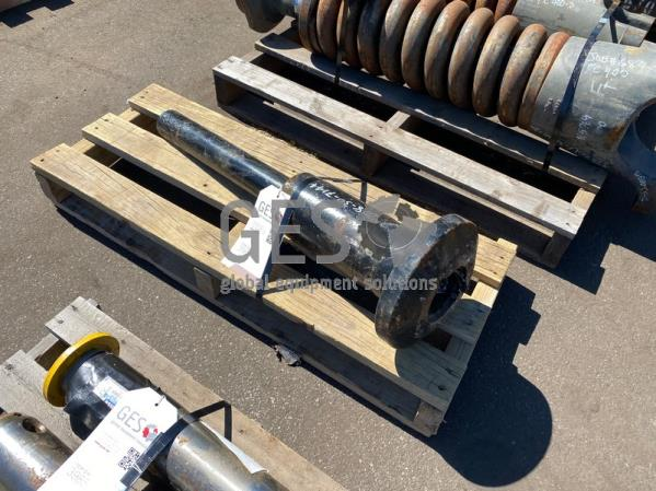 Komatsu Cylinder Assembly Part 208-30-71440 ItemID_3986