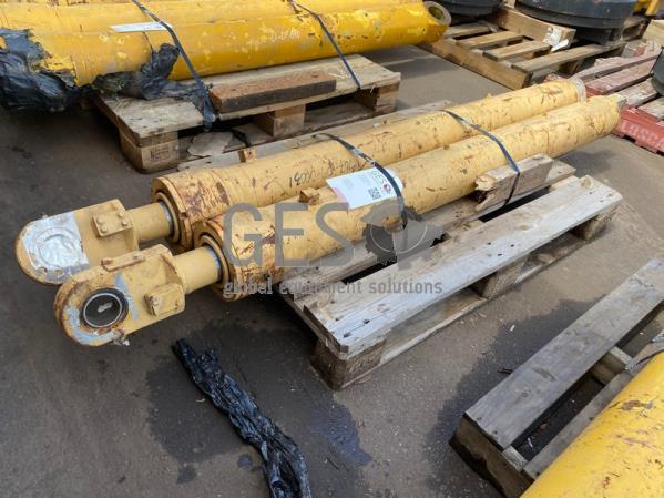 Komatsu Cylinder Hoist x 2 to suit HM300 Part 707-09-00031 ItemID_3900