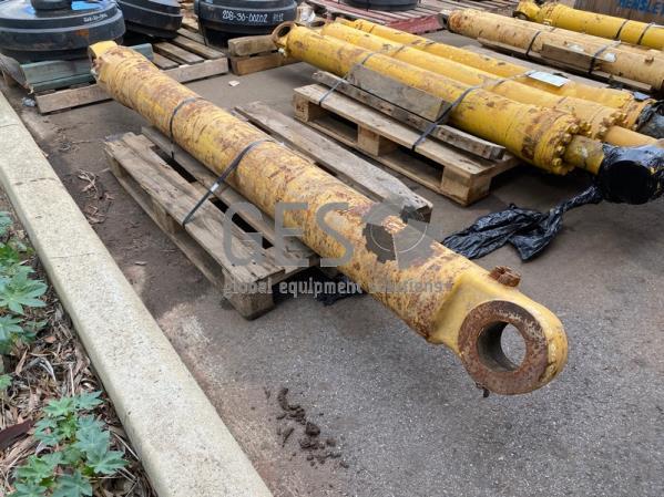 Komatsu Cylinder to suit . Part RB707-01-0269.. ItemID_3902