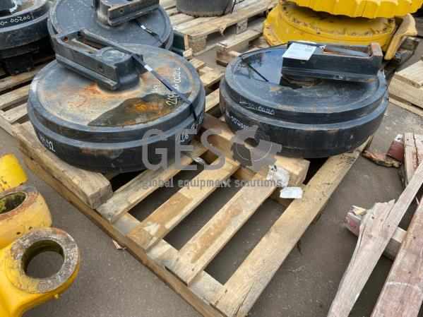 Komatsu Front Idler Assembly x 2 to suit PC400-5 Part 208-30-00200 ItemID_3904