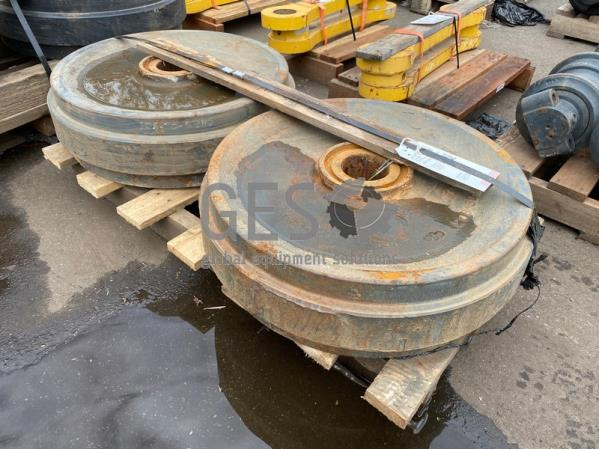 Komatsu Idler Wheel x 2 to suit PC400-5 Part 208-30-53112 ItemID_3909