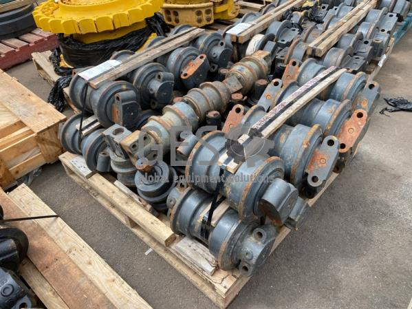 Komatsu Track Rollers x 18 to suit PC400 & Rollers x 15 to suit  part  ItemID_3922