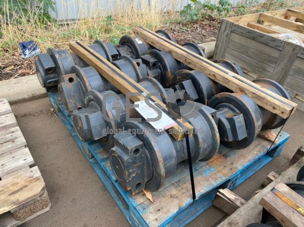 Komatsu Track Rollers x 8 to suit .. Part 209-30-00191, 209-30-63121 ItemID_3920