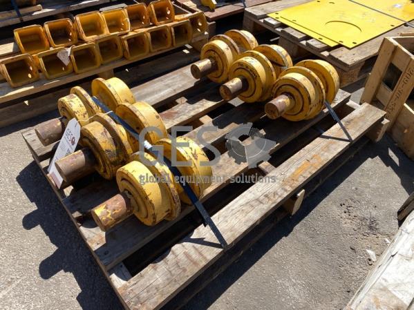 Komatsu Carrier Roller Assembly x 6 Part 14X-30-00143 & 14X-30-07200 ItemID_4109