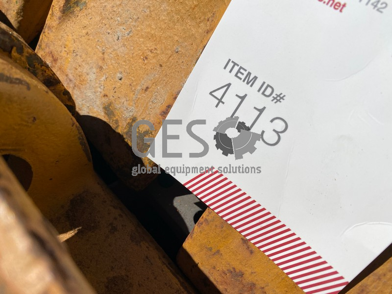 Tiger Dura Bucket Tooth x 33 Part 208-70-14152 ItemID_4113 image 9