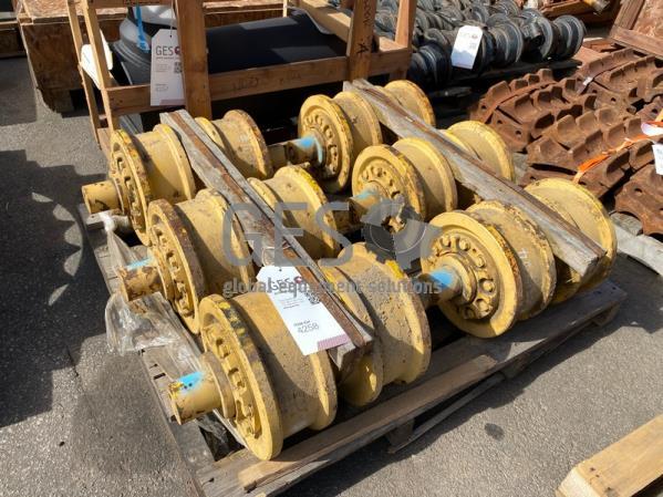 Komatsu Track Roller Assembly x 6 Part 17M-30-00231 ItemID_4258
